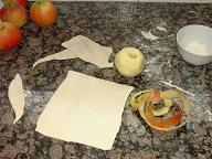 Abaisse d'une pâte découpée en rectangle
